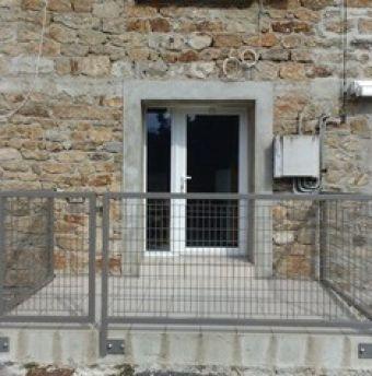 Photo : Maison  en pierre rénovée