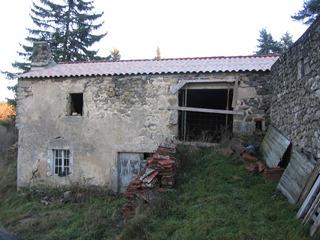 Ferme à rénover, Ancienne ferme dans le secteur de Lespéron