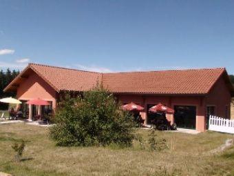 Villa, Bar Restaurant avec 2500 m² de terrain  dans le secteur de Pradelles