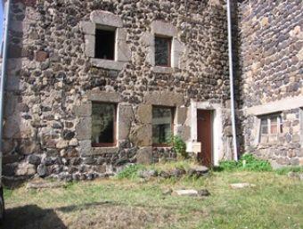 Ferme rénovée, Fermette rénovée avec  cour et dépendances dans le secteur de Landos - Costaros