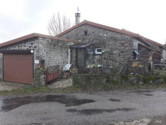 Jolie maison en pierre
