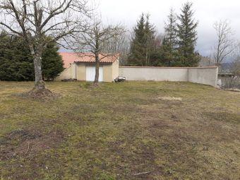 Terrain, Terrain viabilisé avec garage dans le secteur de Langogne Ville