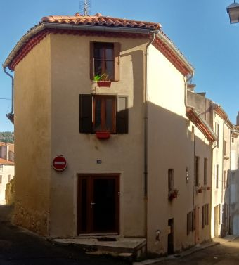 Maison de ville, Jolie maison avec terrain non attenant  dans le secteur de Langogne Ville