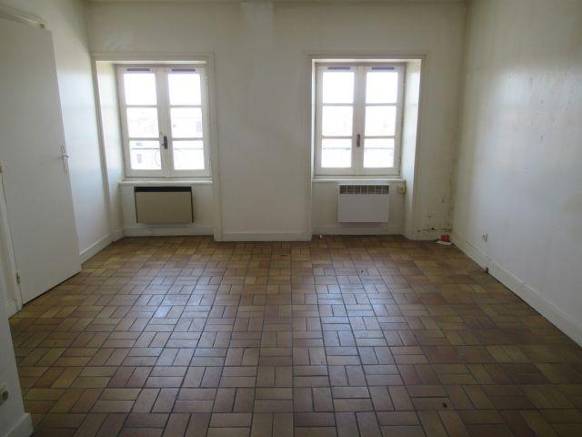 Appartement, Deux appartements dans le secteur de Pradelles