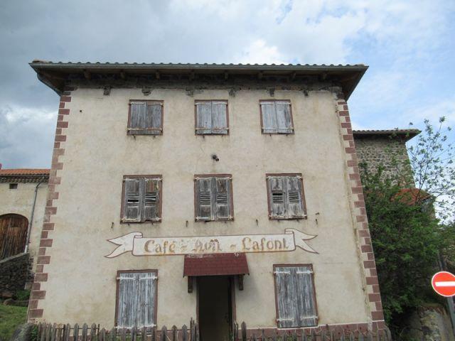 Maison de village, Grande maison à rénover dans le secteur de Alleyras - St Préjet d'Allier