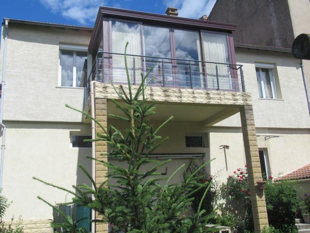 Maison de ville, Grande et belle maison avec terrain attenant dans le secteur de Langogne Ville
