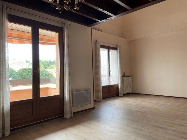 Appartement, Appartement avec balcon dans le secteur de Langogne Ville